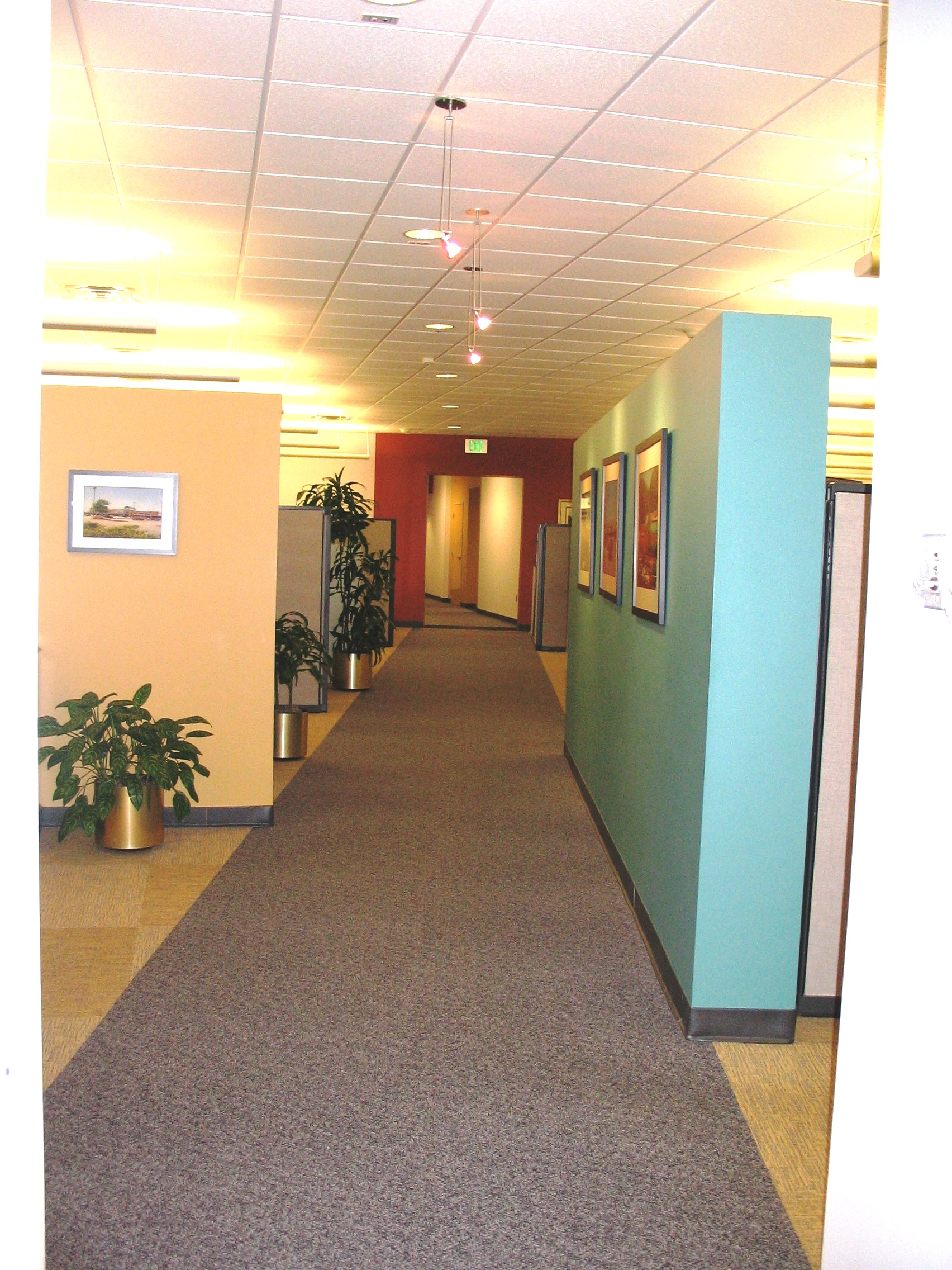 Powers Ferry Plaza - Office Space