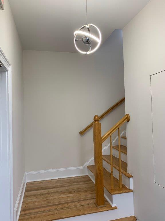http://www.richardbowers.com/wp-content/uploads/Stairway-to-2nd-floor-Bldg-M.jpg